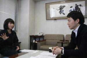 左から:株式会社日東 加瀬 茉莉様、インターファクトリー 三石 祐輔